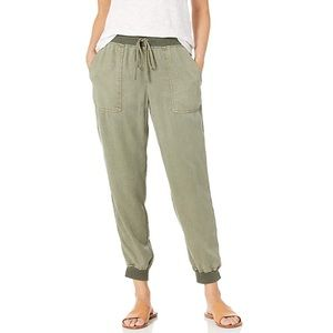 Vince Camuto || Tencel Jogger Pants Army Green M